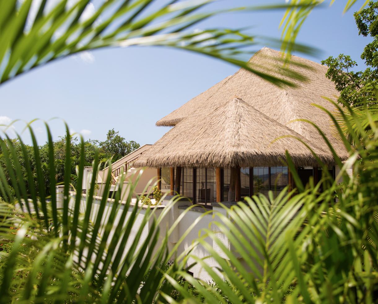 Paradise Beach Nevis 3-bed ocean villa